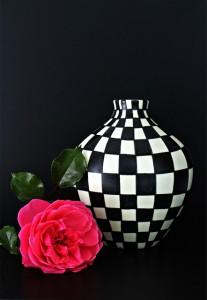 vase-448676_640